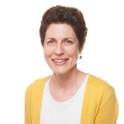 Lynn Guinta Artist Profile Picture