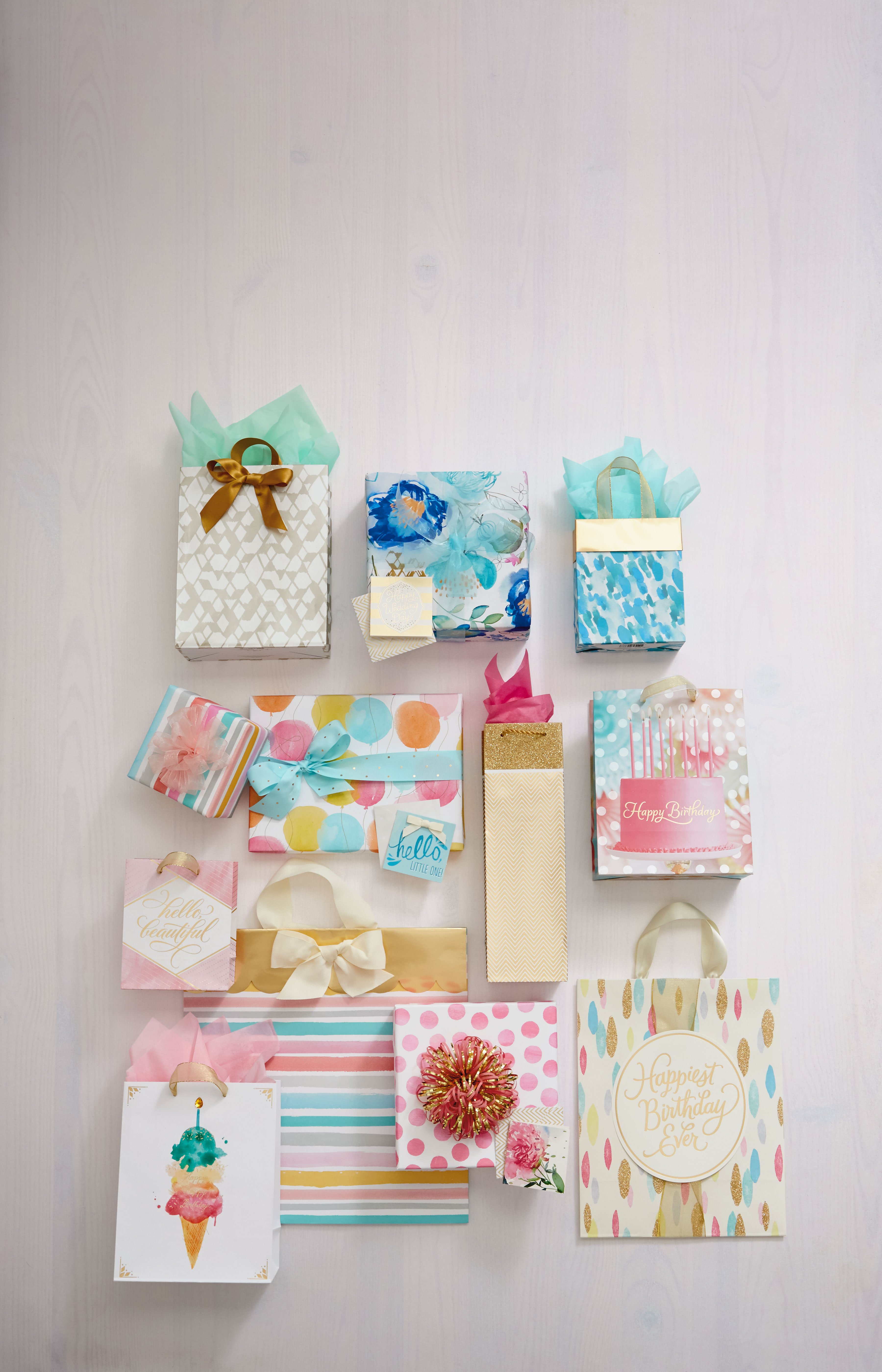 Hallmark Gift Wrap – Simply Pretty Collection