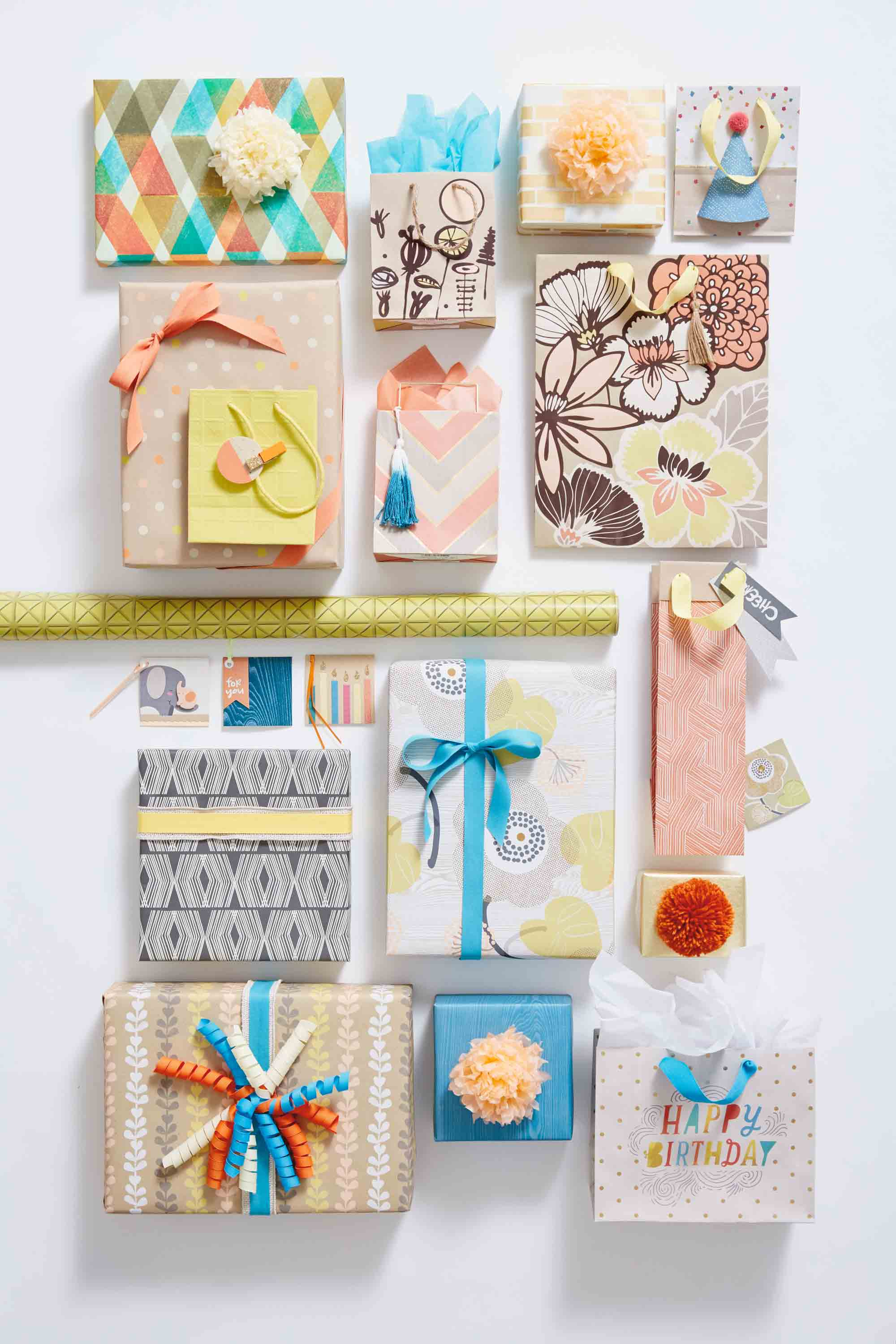 Hallmark Gift Wrap – Eclectic Kraft Collection
