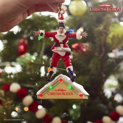 National Lampoon's Christmas Vacation A Fun, Old-Fashioned Family Christmas Ornament With Sound and Light