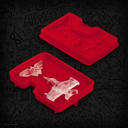 Wonder Woman 2019 Convention Exclusive Ice Cube Mold of Invisible Jet and Wonder Woman Logo